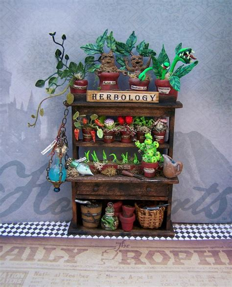 Harrys Furniture by 25 Best Ideas About Harry Potter Miniatures On Snape From Harry Potter Harry