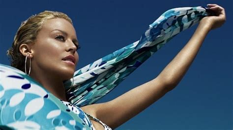 Minogue For Hm by Minogue Wird H M