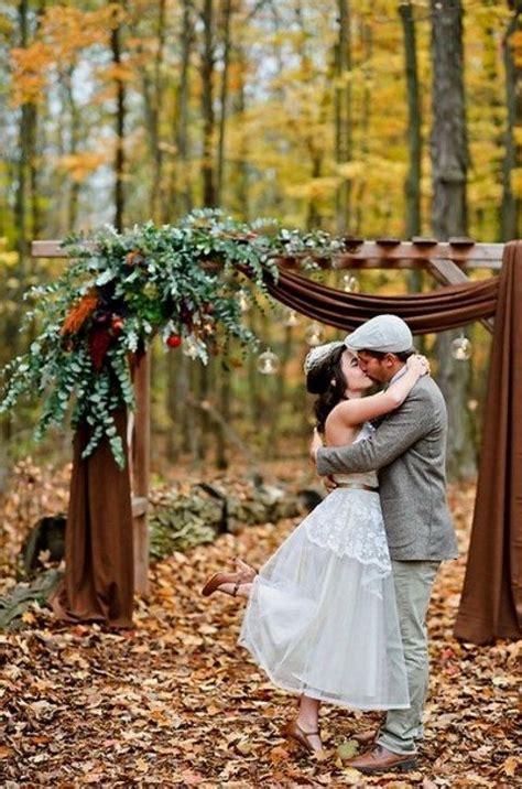 backyard fall wedding 15 outdoor fall wedding tips and 68 exles happywedd com