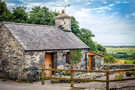 10 best cottages with a view cottages