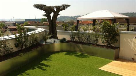 idea giardino idea giardino realizzazione giardini in erba sintetica a