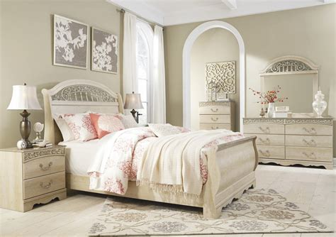 catalina bedroom set catalina 4 piece sleigh bedroom set in antique white