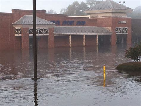 boat shops in nc neuse sport shop flooding the hull truth boating and
