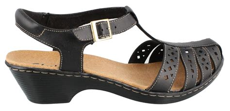 closed toe sandals womens s clarks wendy mid heel closed toe sandals