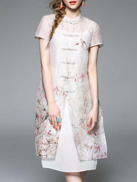 25 best ideas about batik dress on model dress batik batik fashion and dress images