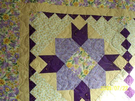 Identifying Quilt Patterns by Can Anyone Identify This Block Or Quilt Pattern