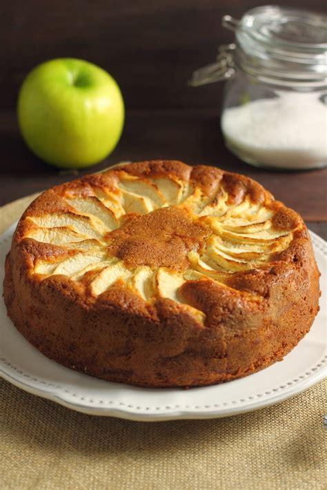 cucina norvegese formine e mattarello torta di mele norvegese