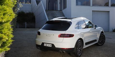 Porsche Macan Wheelbase by 2014 Porsche Macan Pricing And Specifications