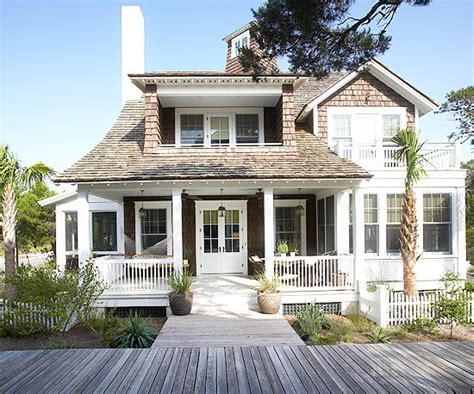 coastal side house cottages in coastal style rustic charm htons style