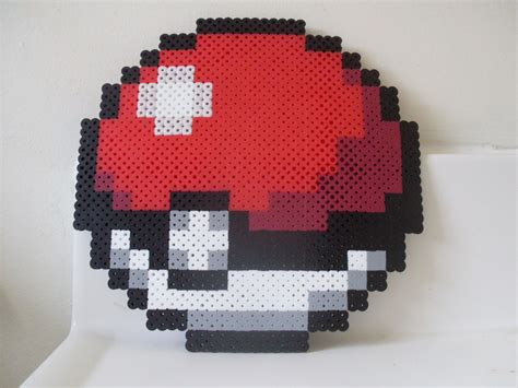 jumbo perler pokeball perler creatief