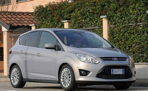 ford c max interni prova ford c max scheda tecnica opinioni e dimensioni 2 0