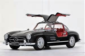 Mercedes With Gullwing Doors Come Fly With Me Why Gull Wing Doors Are The Best