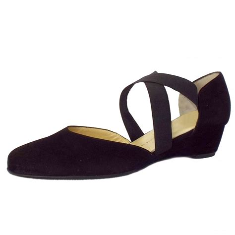 kaiser jaila black suede low wedge comfortable