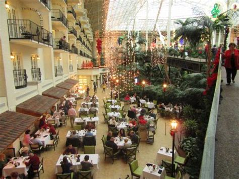 Ravello Buffet Area Partial From The Atrium Skywalk Buffets In Nashville