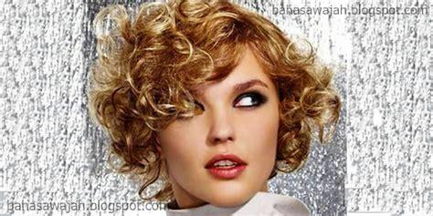 model rambut ideal  wanita  bentuk wajah oval