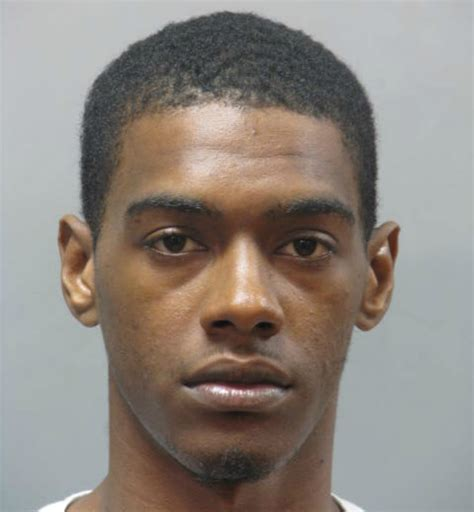 Stop And Shop Gift Card Exchange - queens man in ncpd custody after fraudulently purchasing over 12 000 in stop and shop