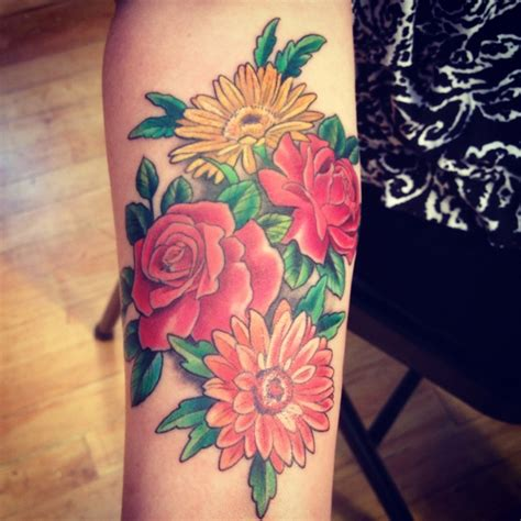 rose and daisy tattoo gerby tattoos that are awesome