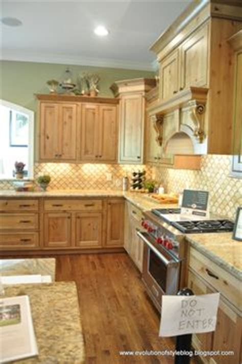 light natural wood kitchen cabinets best kitchen paint colors with maple cabinets photo 21