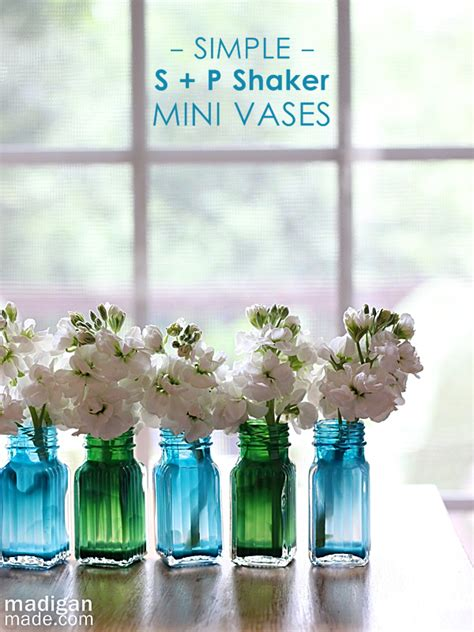real simple ideas for simple glass vases by kimberly reuther designspeak simple and easy diy home decorating ideas dollar tree decor