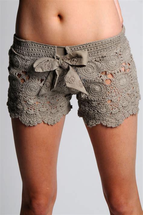 short crochet patrones outstanding crochet something borrowed crochet shorts