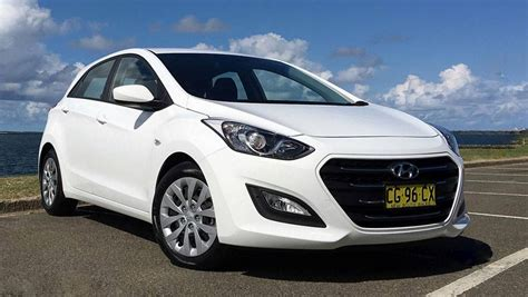 hyundai i30 2016 hyundai i30 active petrol auto review road test