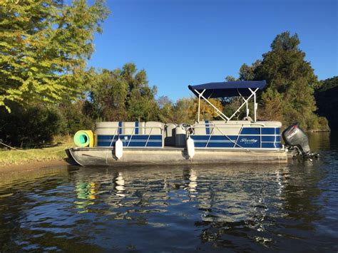 float on austin boat rental float on lake austin lake travis boat rentals