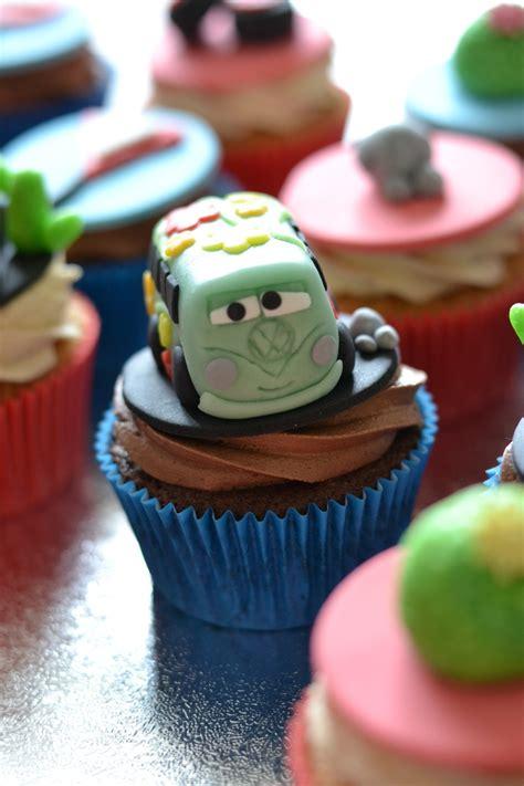 Disney Cars Cake Topper Set Hiasan Kue Ultah Cars Pixar disney s cars fillmore decoraciones para cupcakes disney cars and disney cars