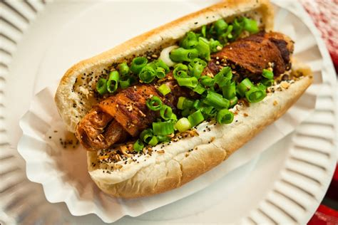 crif dogs nyc crif dogs east new york the infatuation