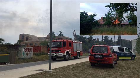 cobertizo contra incendio alarma vecinal en la rochapea y gran cantidad de humo por