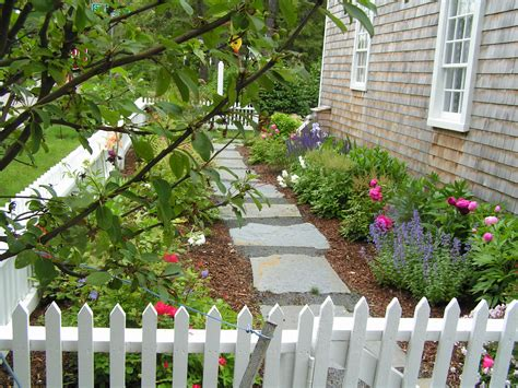Garden Of Cape Cod Cape Cod Saltbox Vacation Rental In Brewster All Seasons