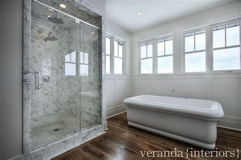 Veranda Wainscot side by side tub and shower design decor photos pictures ideas inspiration paint colors