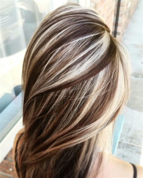 brunette hairstyle with lots of hilights for over 50 25 best ideas about hair highlights on pinterest fall
