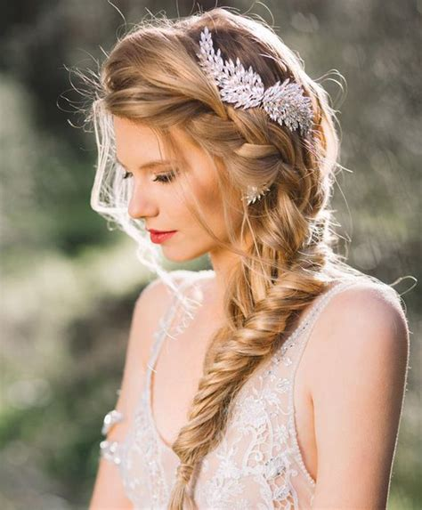 Wedding Hairstyles With Jewelry by Exclusive Braided Hairstyles With Fetching Hair Jewelry