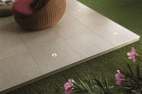 pavimenti modulari sistema modulare per pavimento sopraelevato in gres