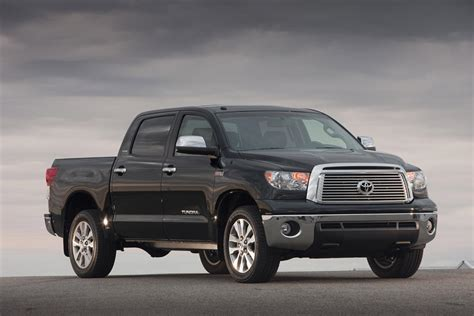 2015 Toyota Tundra Crewmax 2015 Toyota Truck Tundra Crewmax 4 215 4 Features And Interior