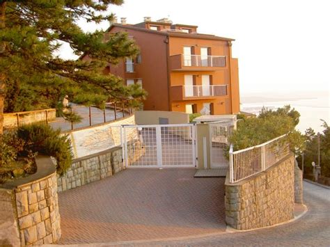 appartamenti a trieste in vendita bilocale in vendita a trieste appartamento bilocale in