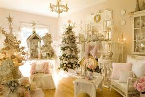 Decorating Older Homes cindy ellis art our home this christmas in two magazines