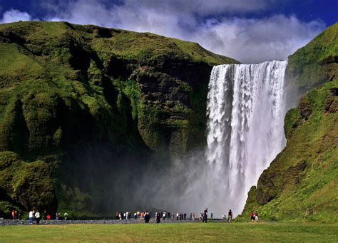 famous waterfalls seljalandsfoss waterfall iceland world for travel