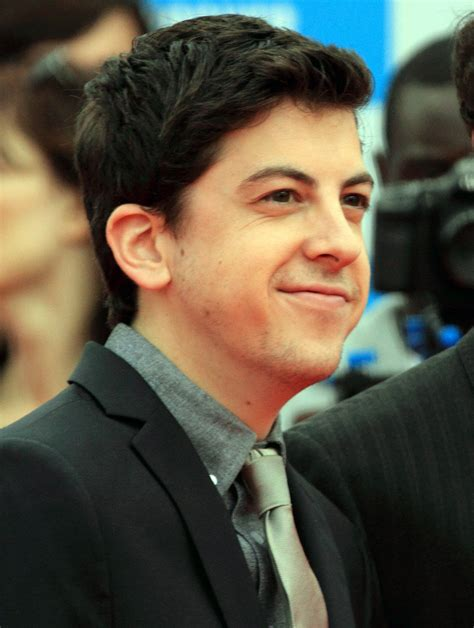 chris sullivan mintz christopher mintz plasse known people famous people