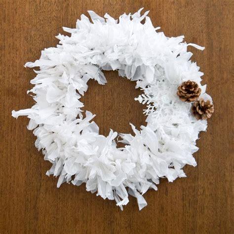 Garlandena Bag plastic bag wreath popsugar smart living