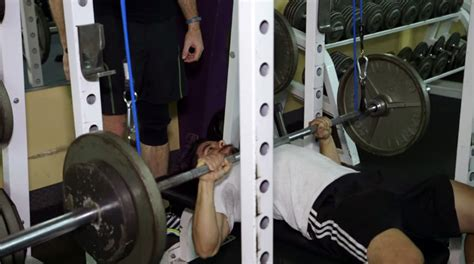 reverse band bench press the no nonsense guide to understanding variable resistance