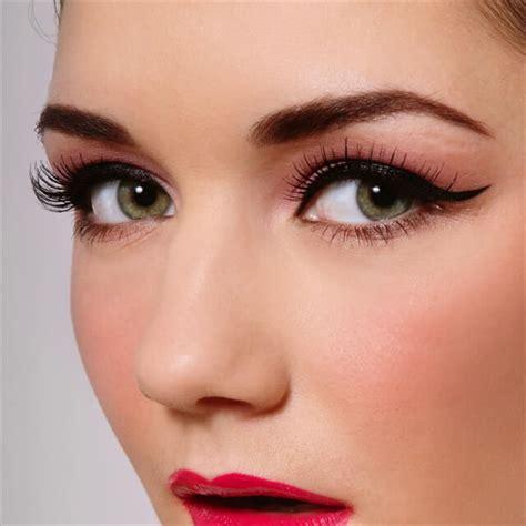 makeup tutorial creating the classic natural eye 19 diy perfect cat eyes diy to make
