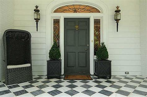 color   paint  front door  tips