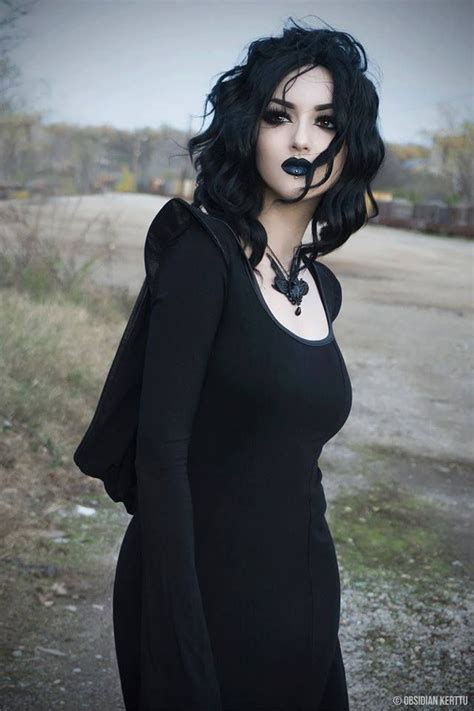 dark haired beautiful women modeling clothes 510 best goth babes etc images on pinterest goth beauty