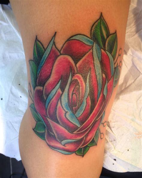 rose knee tattoo and blue knee tattoos knee