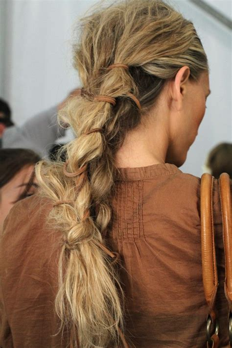 how to achieve a messy hairstyle 632 best images about hairstyles on pinterest her hair