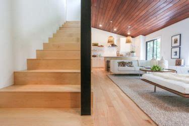 Choosing Between Maple and Oak Hardwood Floors   Unique
