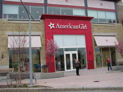 doll store of three s craft visiting american