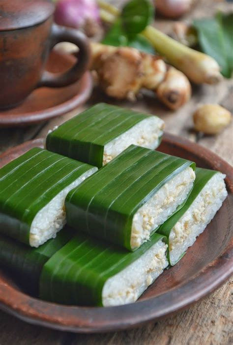 Indonesia Snack Desserts 100 Recipes 282 best images about delightful snack n dessert on traditional