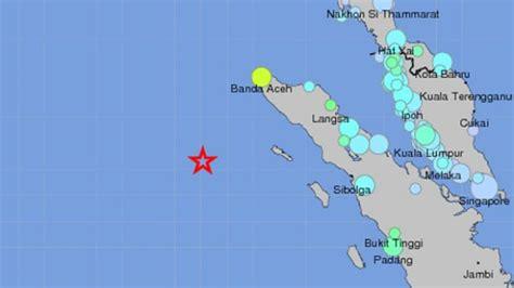 earthquake today indonesia massive 8 6 quake strikes indonesia but didn t create a